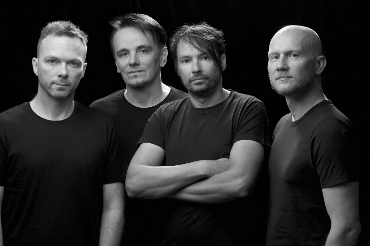 """The Pineapple Thief Release New Video For """"Threatening War"""" From Their New Studio Album Dissolution"""